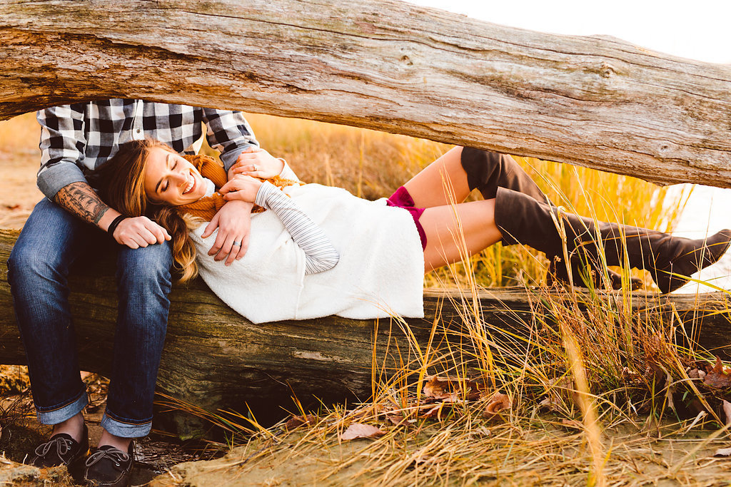 arianna-and-alex-woodlands-winter-anniversary-session-brooke-michelle-photography-65-photo