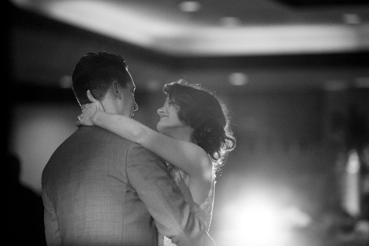 Classic first dance  wedding at Thornberry Creek by Casi Lea Photography-green bay wedding photographer-door county wedding photographer-milwaukee wedding photographer-appleton wedding photographer-wisconsin weddings