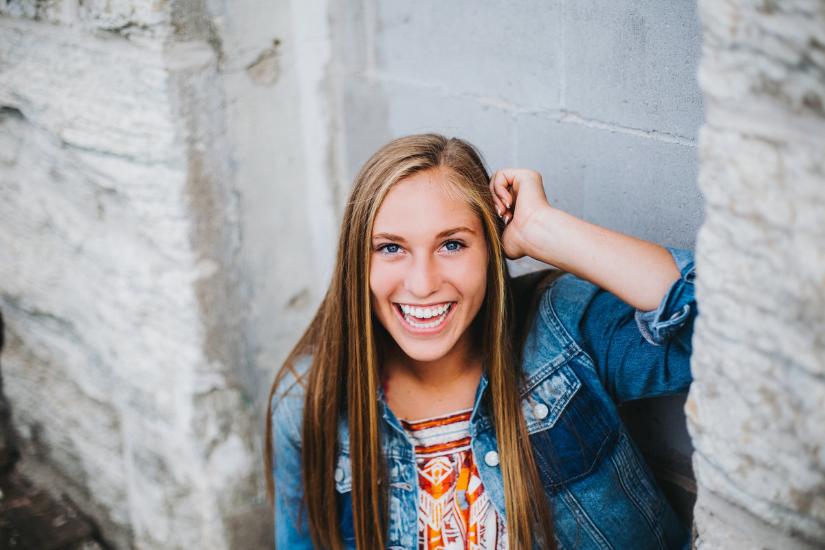 Sarah-Chacos-Photograhy-Minneapolis-Senior-Portrait-Photographer-1-18