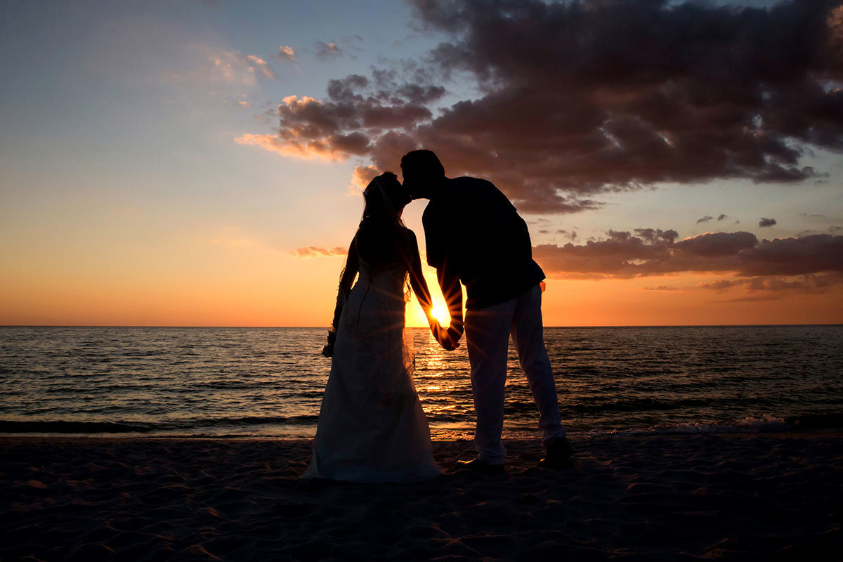 laplaya beach naples wedding sunset