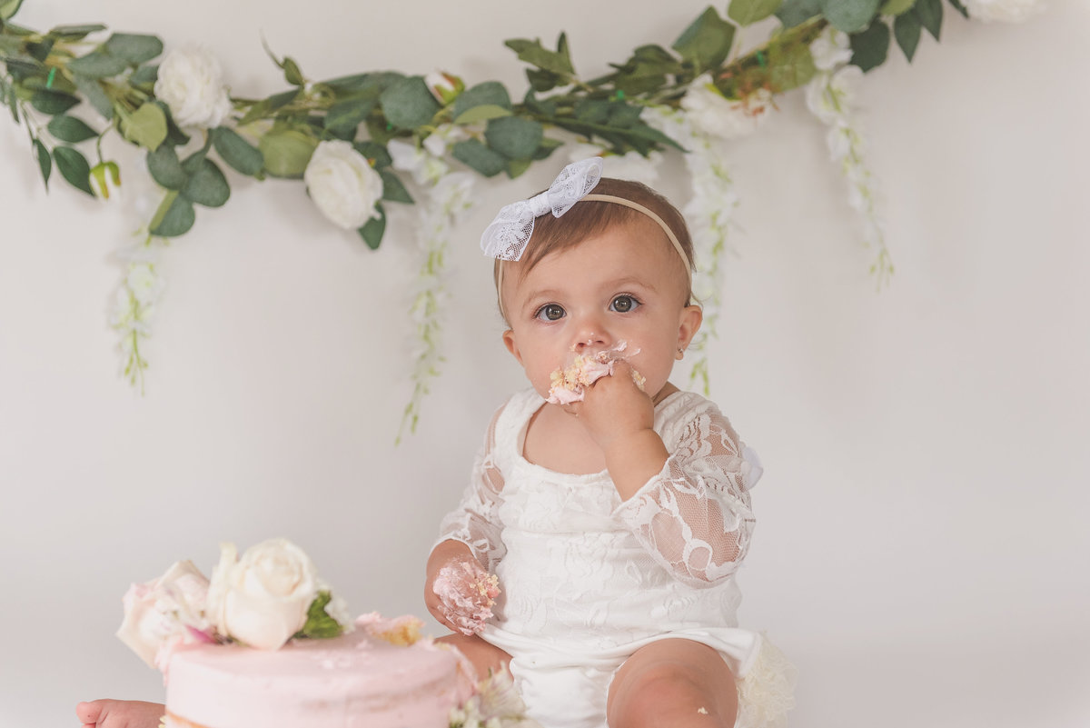 Brynleigh{FirstBirthday}-62