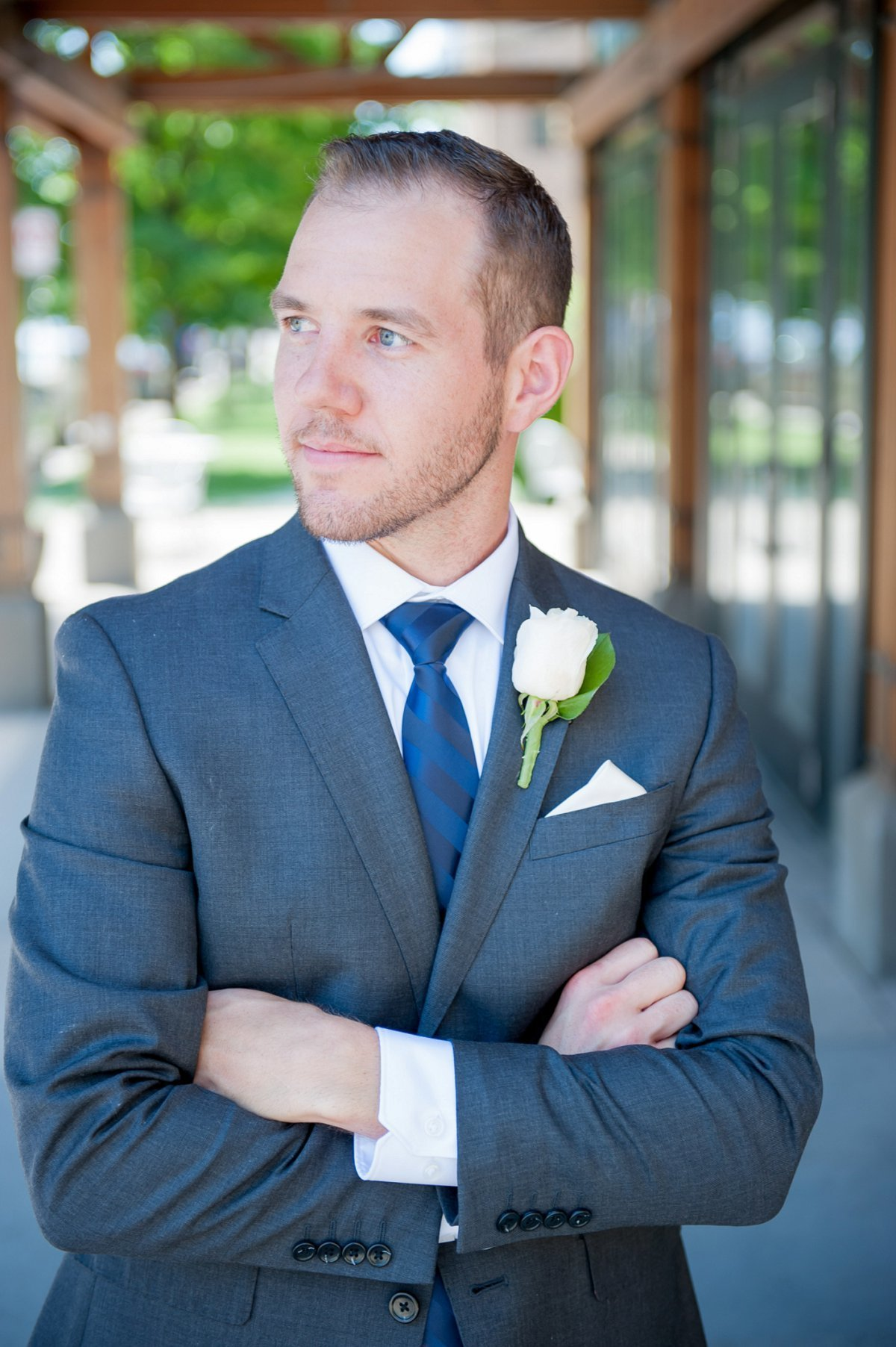 Groom portrait outside Plains Art Museum in Fargo pics by Kris Kandel