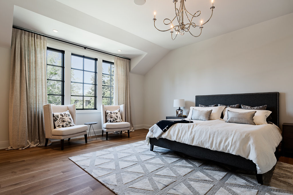 mount-royal-custom-home-builder-bedroom