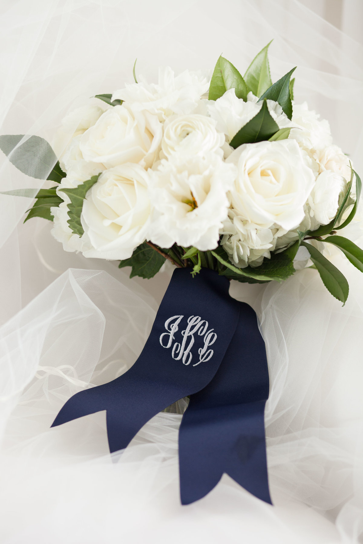 Life in Bloom Best Chicago Wedding Florist Ivy Room Preppy and Classic Wedding1