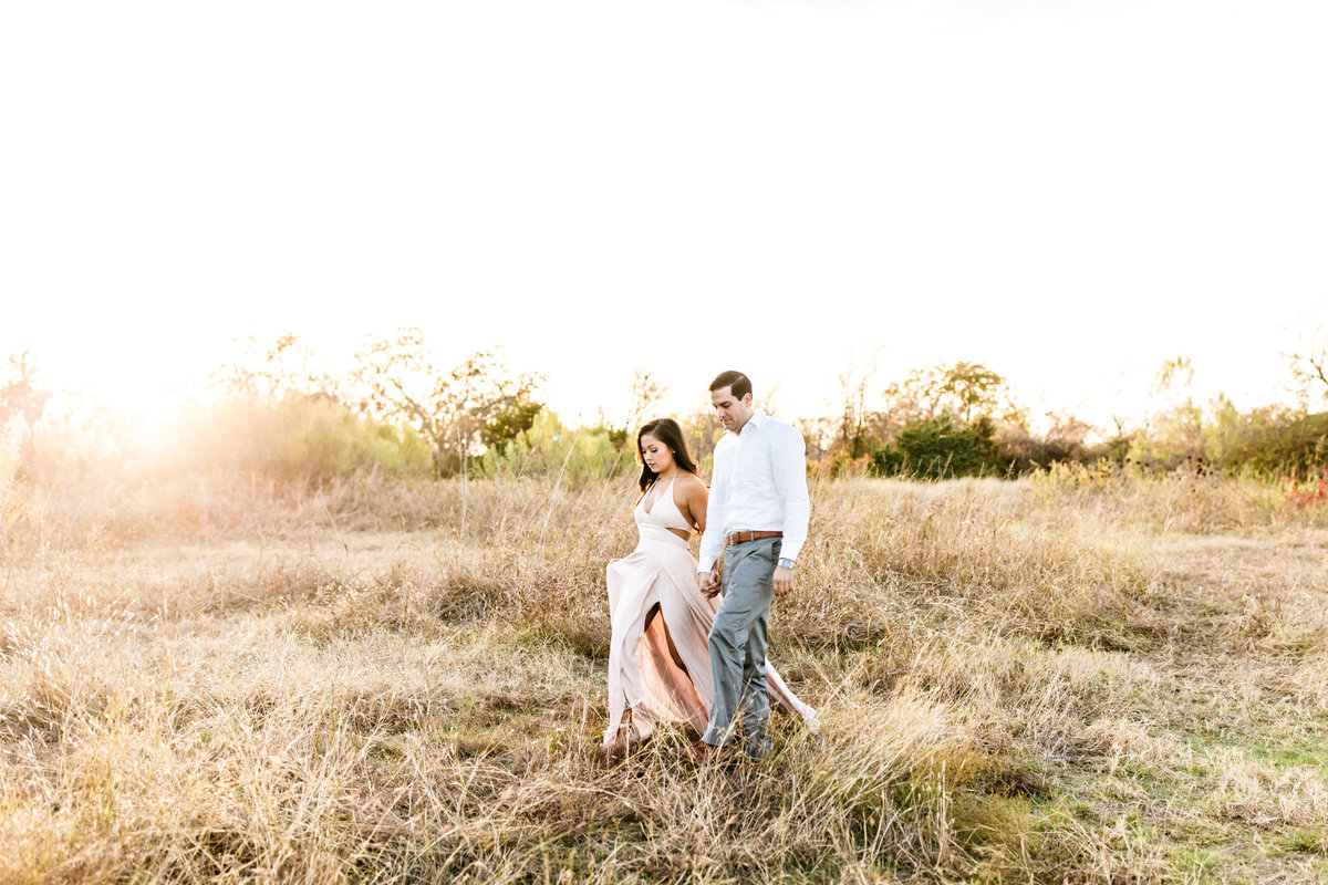 Alexa-Vossler-Photo_Dallas-Portrait-Photographer_White-Rock-Lake-Engagement-Session_Kaila-Gabe-1