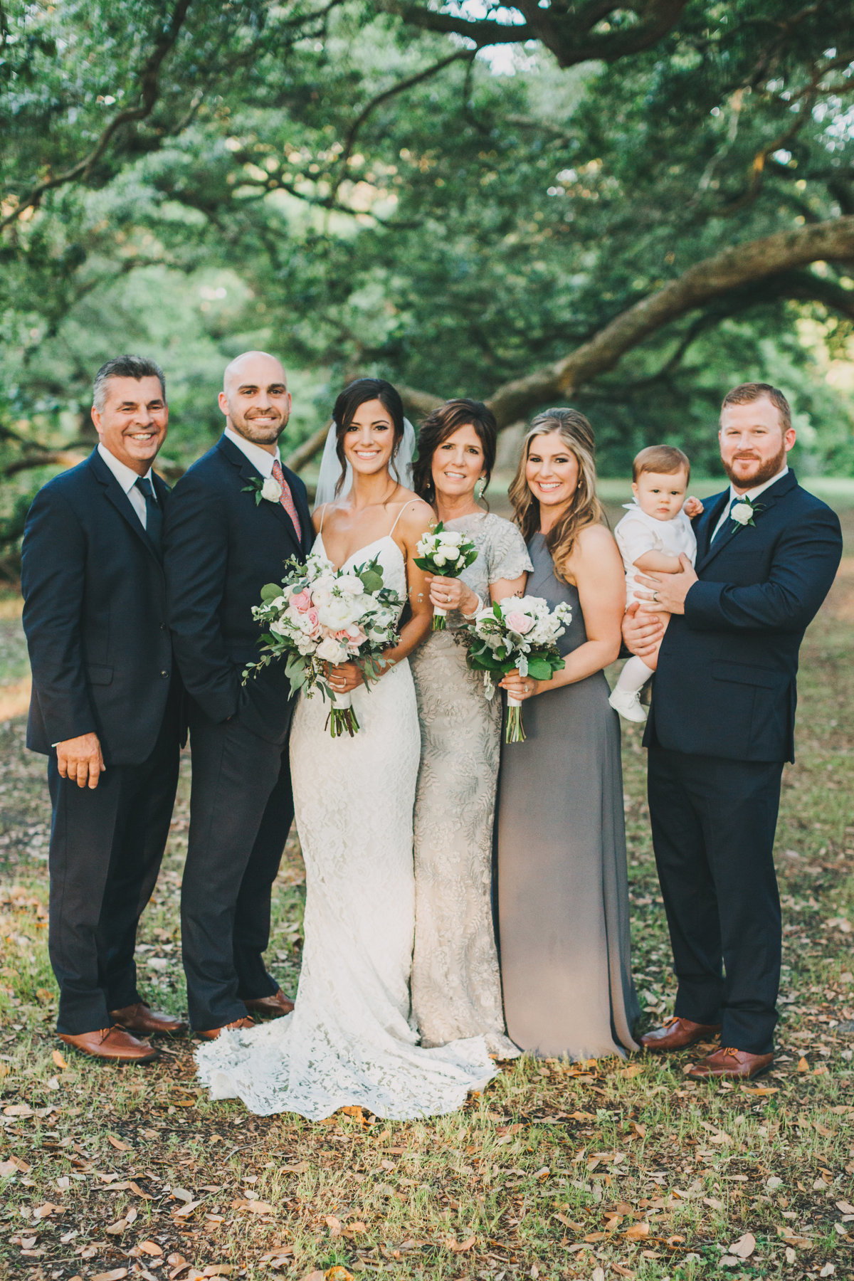 LauroWedding_FamilyPortraits-34