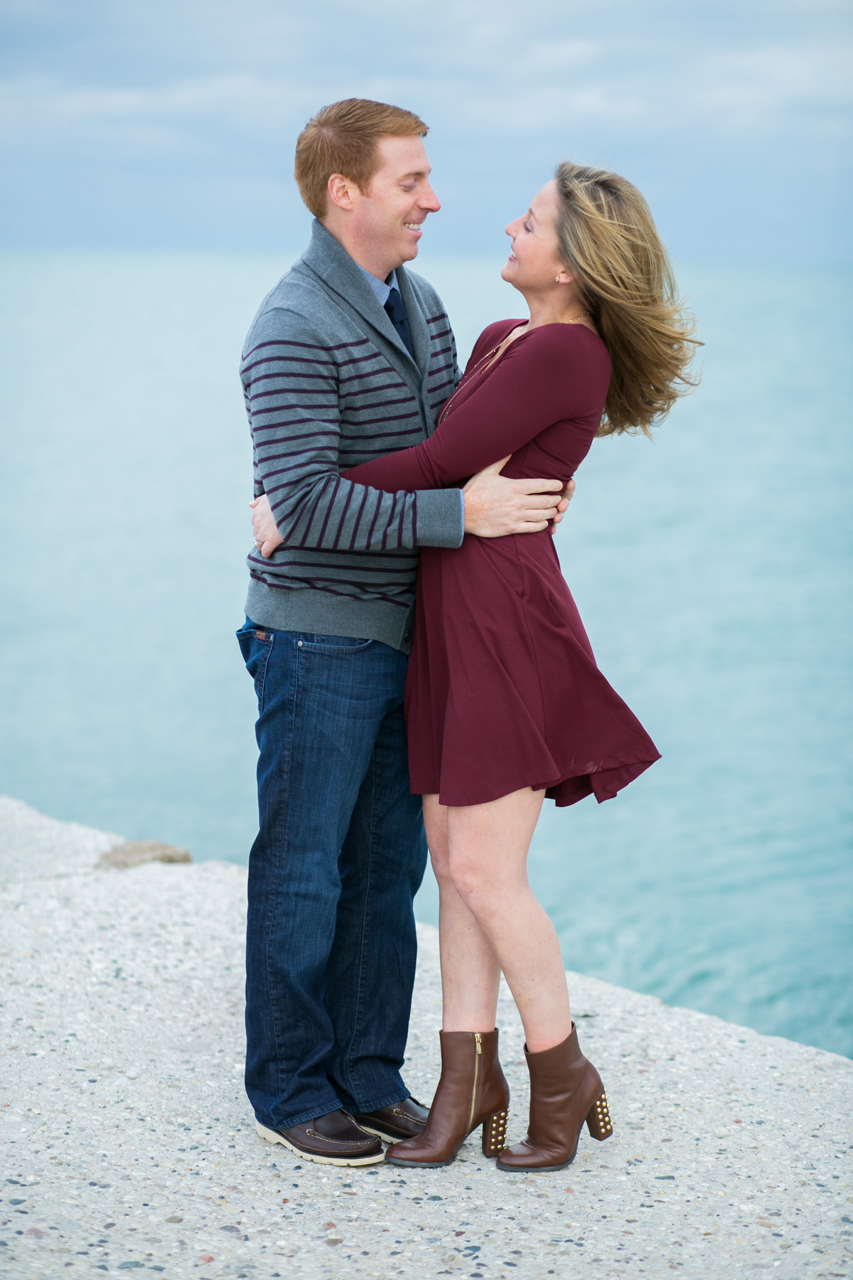 Fall-North-Avenue-Beach-Engagement-03