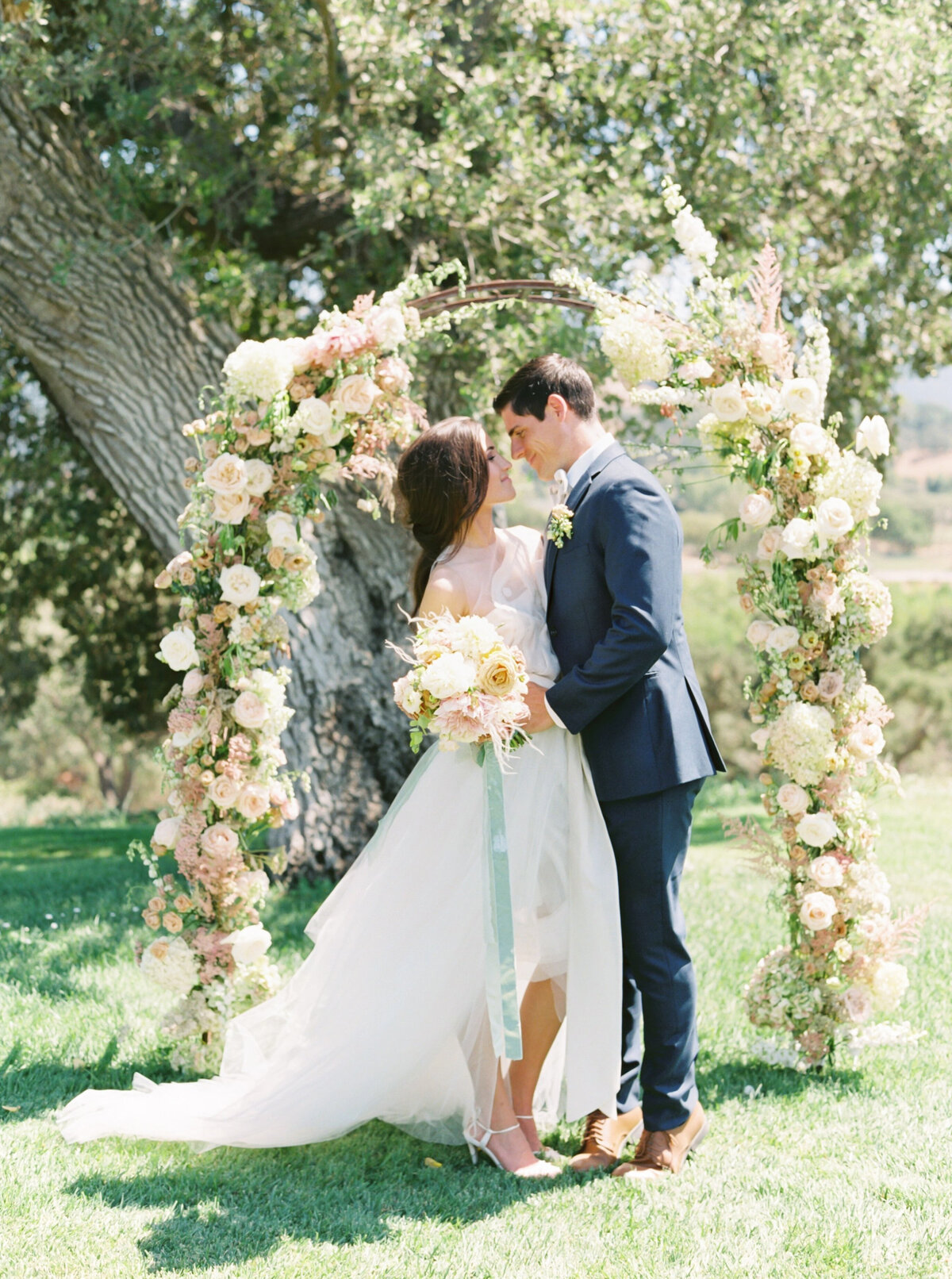 TiffaneyChildsPhotography-CaliforniaWeddingPhotographer-Clara+Alexandre-SunstoneVilla-287