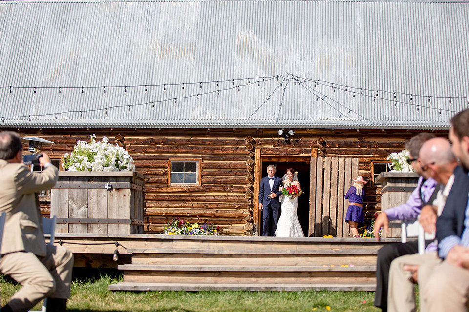 granby-colorado-Strawberry-Creek-Ranch-Wedding-Ashley-McKenzie-Photography-tropic-meets-mountain-wedding-colorful-here-comes-the-bride