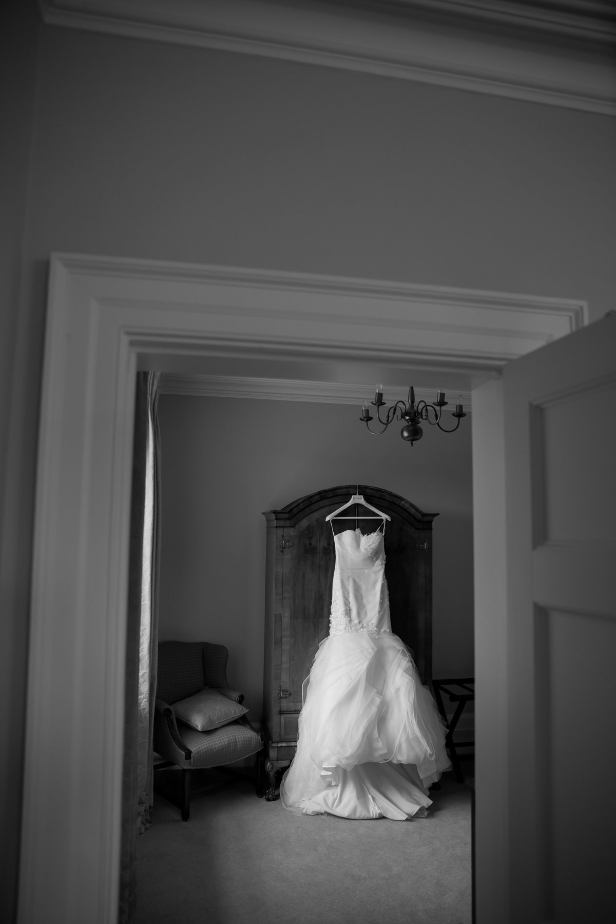 cornwall wedding venue brides dress  photo