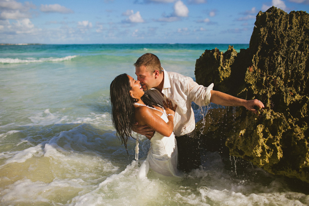 punta_cana_canada_intimate_wedding_dress_photographer_katya_nova_041