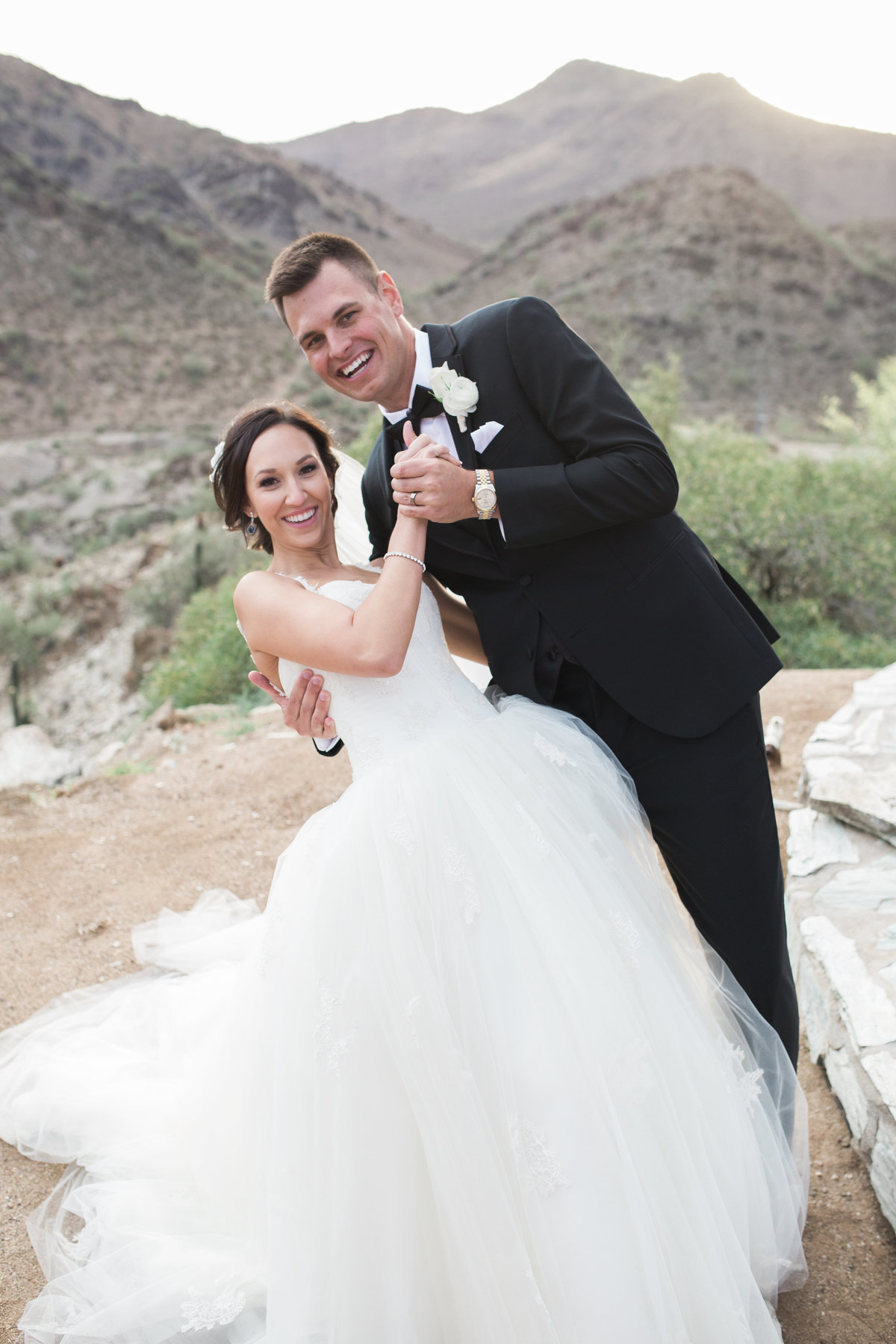 Keely_FJ_2478Tapatio_Cliff_Pointe_Hilton_Different_Pointe_Of_View_Wedding