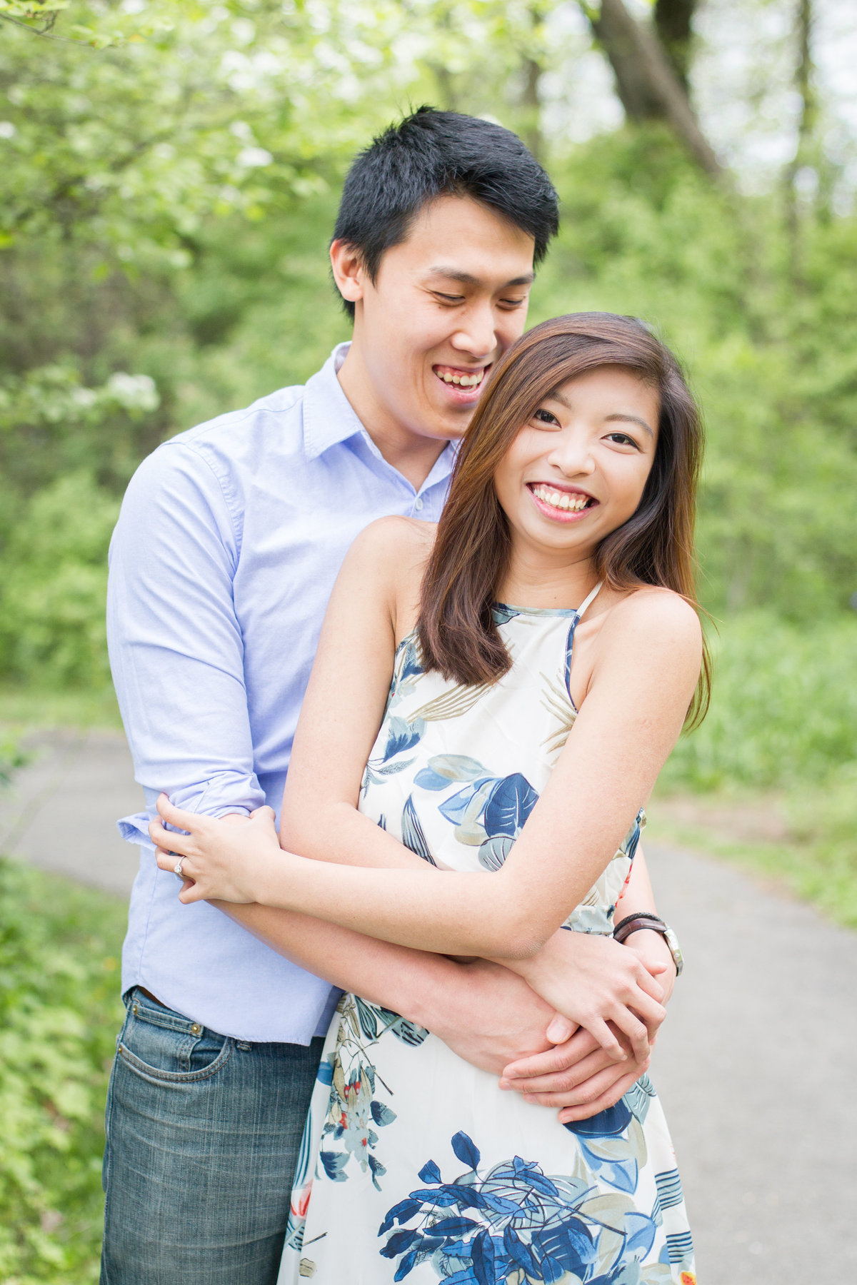 candid-happy-spring-engagement-wedding-photo-photography-chicago
