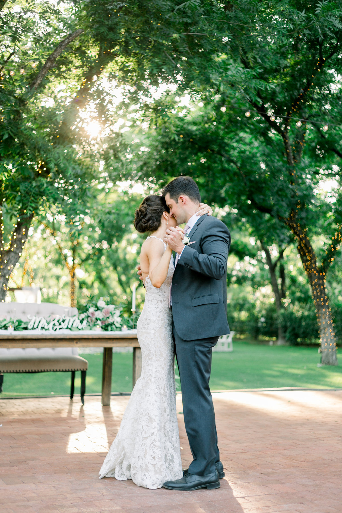 Karlie Colleen Photography - Venue At The Grove - Arizona Wedding - Maggie & Grant -102