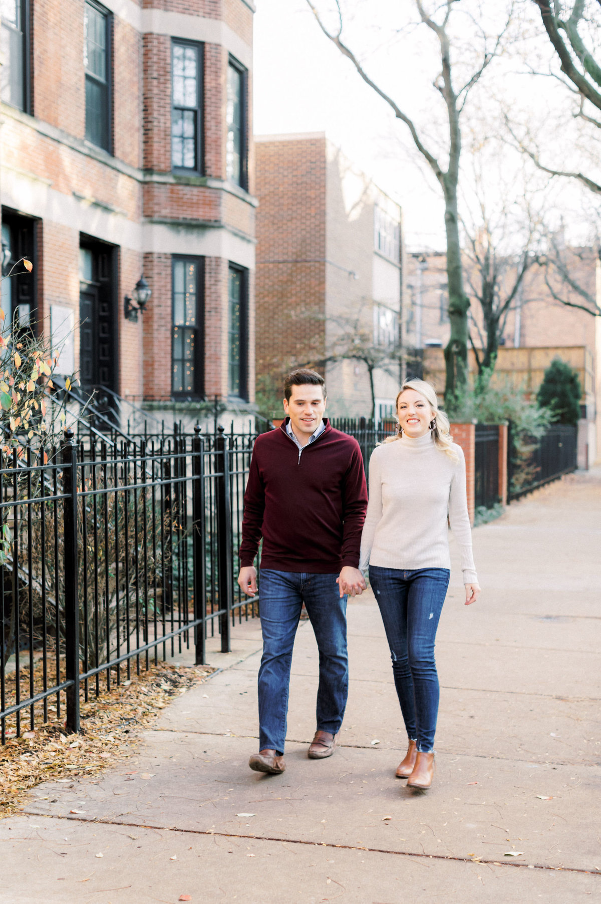 TiffaneyChildsPhotography-ChicagoWeddingPhotographer-AnneMarie+Connor-LincolnParkNatureBoardwalkEngagementSession-1