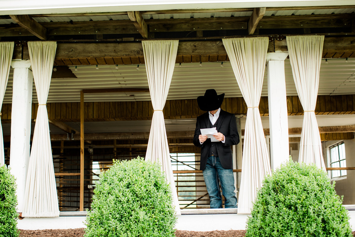 Nsshville Bride - Nashville Brides - The Hayloft Weddings - Tennessee Brides - Kentucky Brides - Southern Brides - Cowboys Wife - Cowboys Bride - Ranch Weddings - Cowboys and Belles156