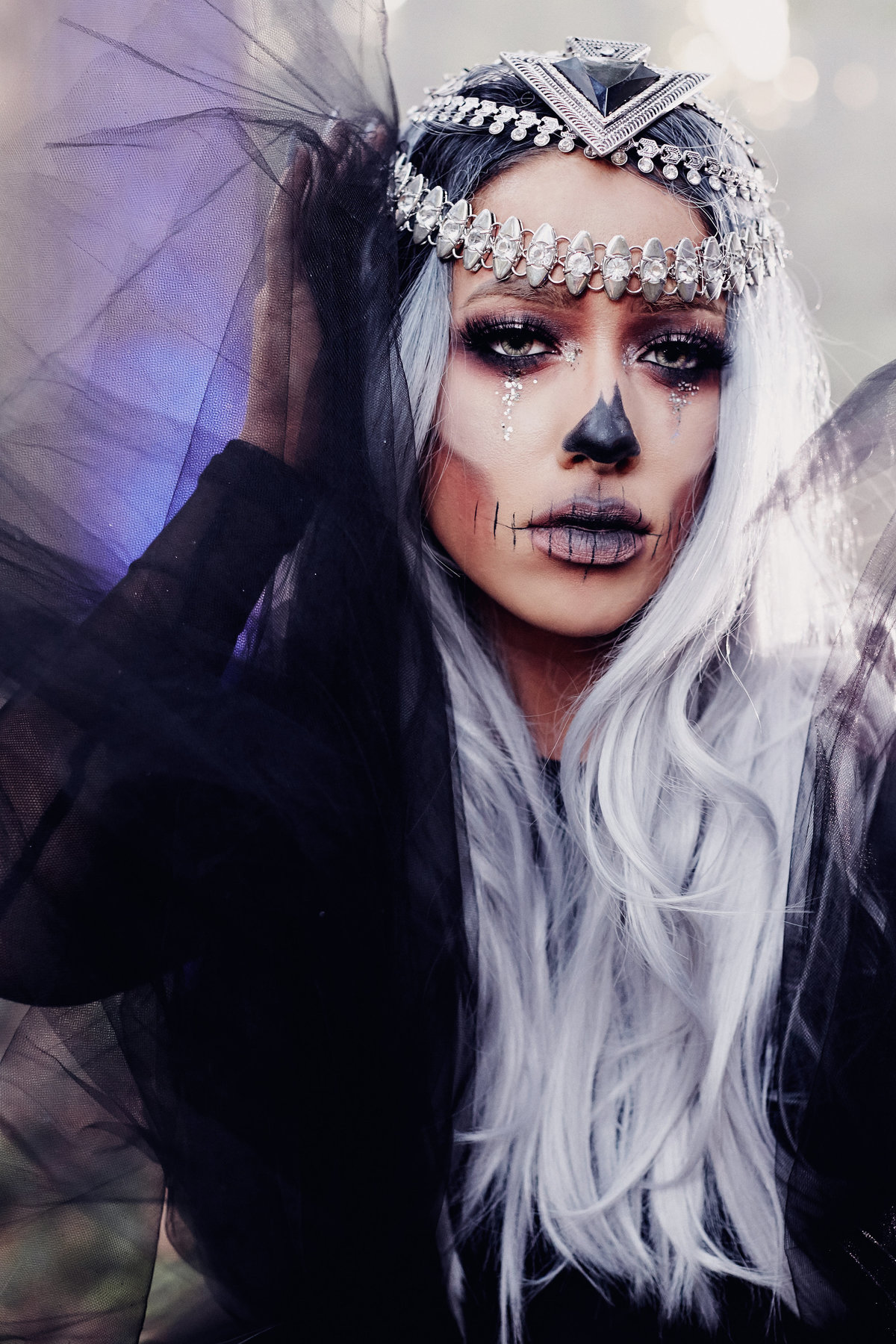 Halloween Inspo light fairy glam skull by Kelly Lane Photography 9