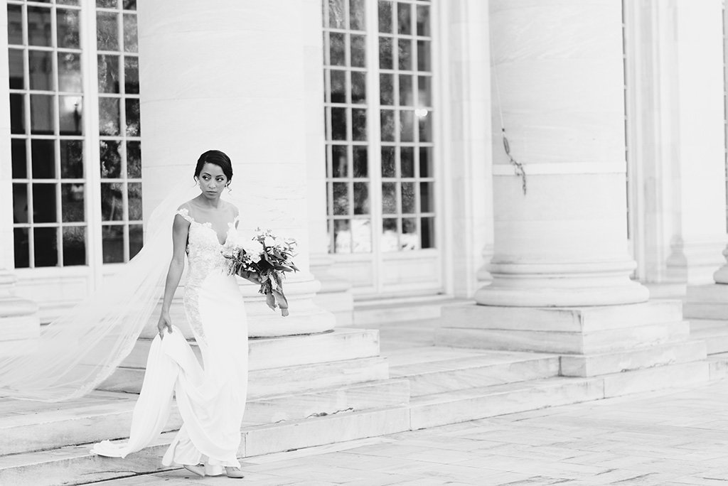 DAR-wedding-photography-bride-black-white