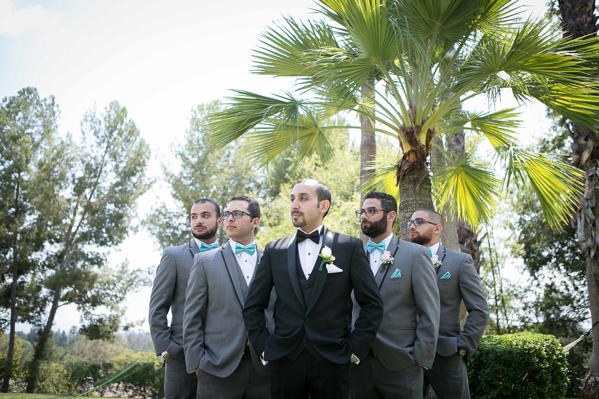 Groom's Men Group Shot_