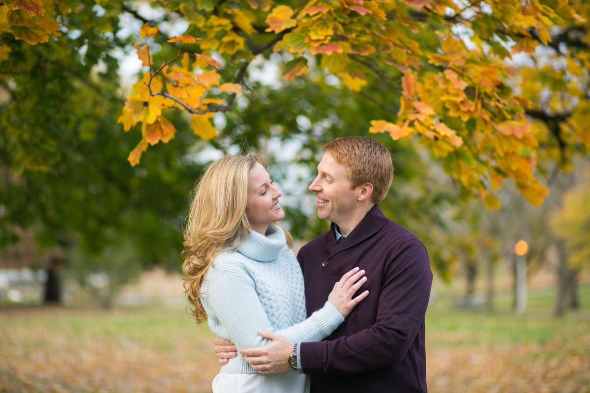 Fall-North-Avenue-Beach-Engagement-54