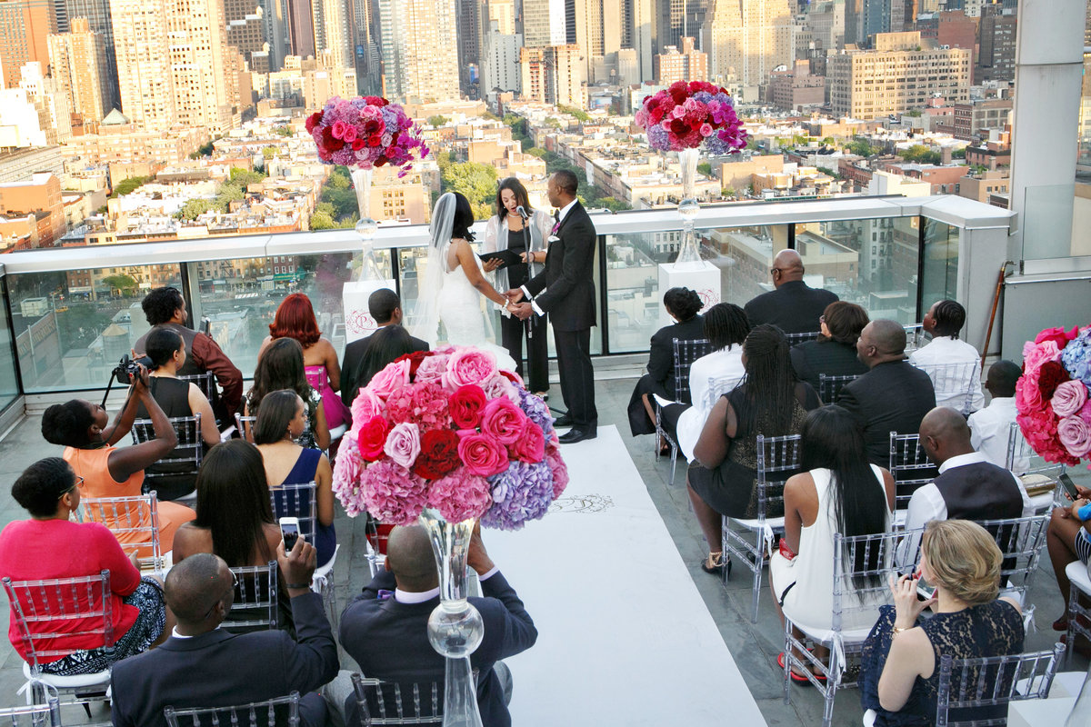 AmyAnaiz__Intimate_Elopement_Wedding_Ink48_Rooftop_Mantattan_New_York012