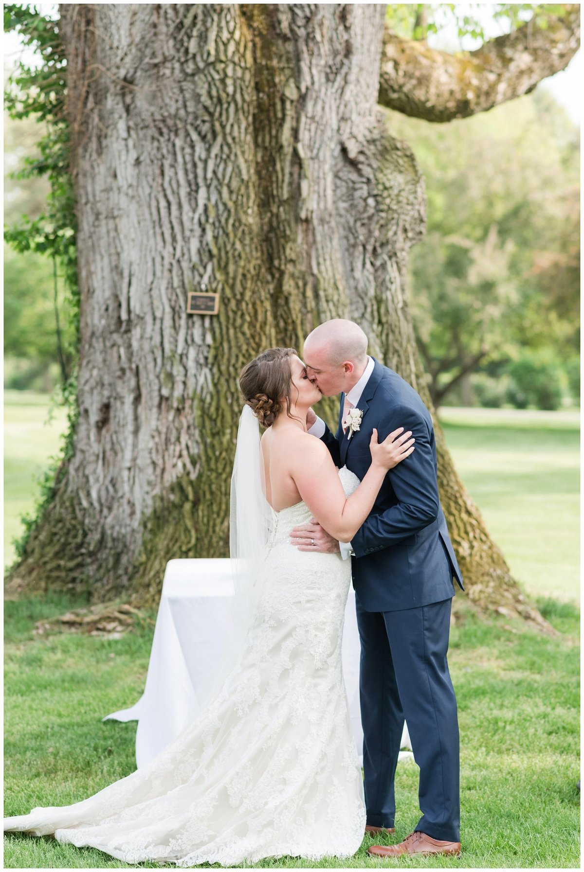 columbus ohio wedding photos brookside golf and country club outdoor wedding_0087