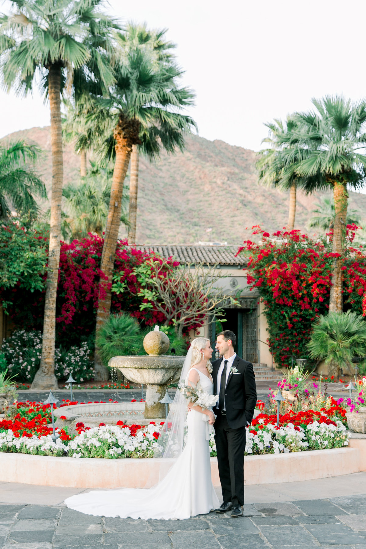 Karlie Colleen Photography - The Royal Palms - Arizona Wedding - Alex & Alex-568