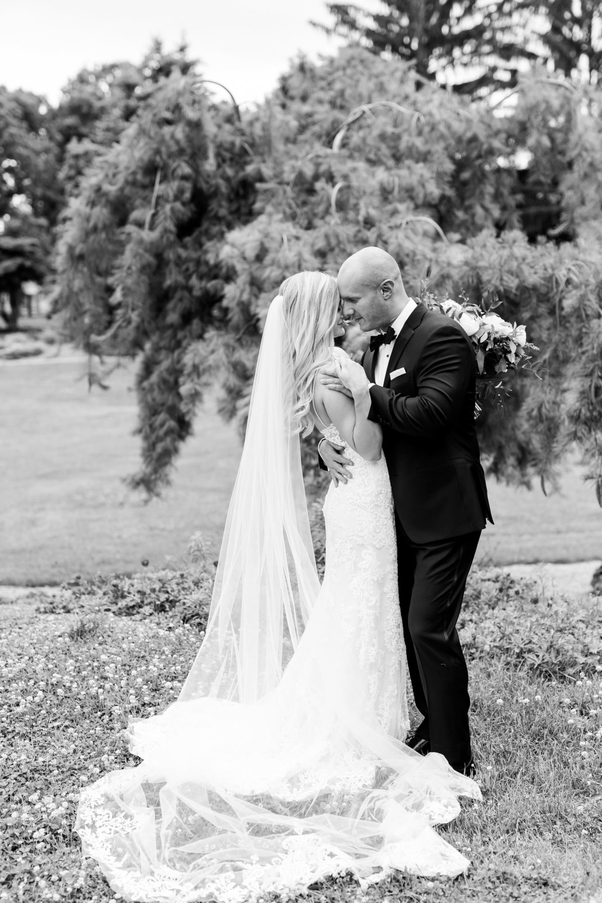 Maison Meredith Photography Wisconsin Wedding Photographer Real Wedding Two 029