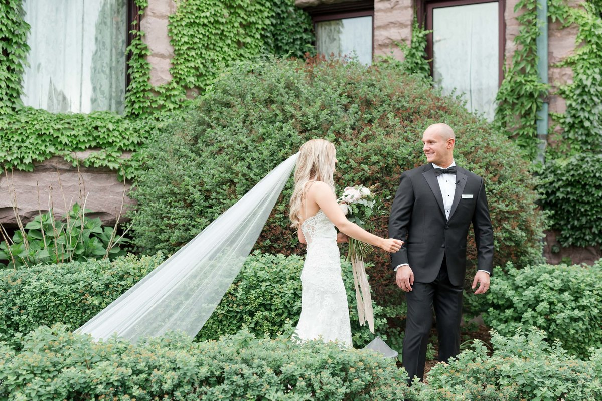 Maison Meredith Photography Wisconsin Wedding Photographer Real Wedding Two 027