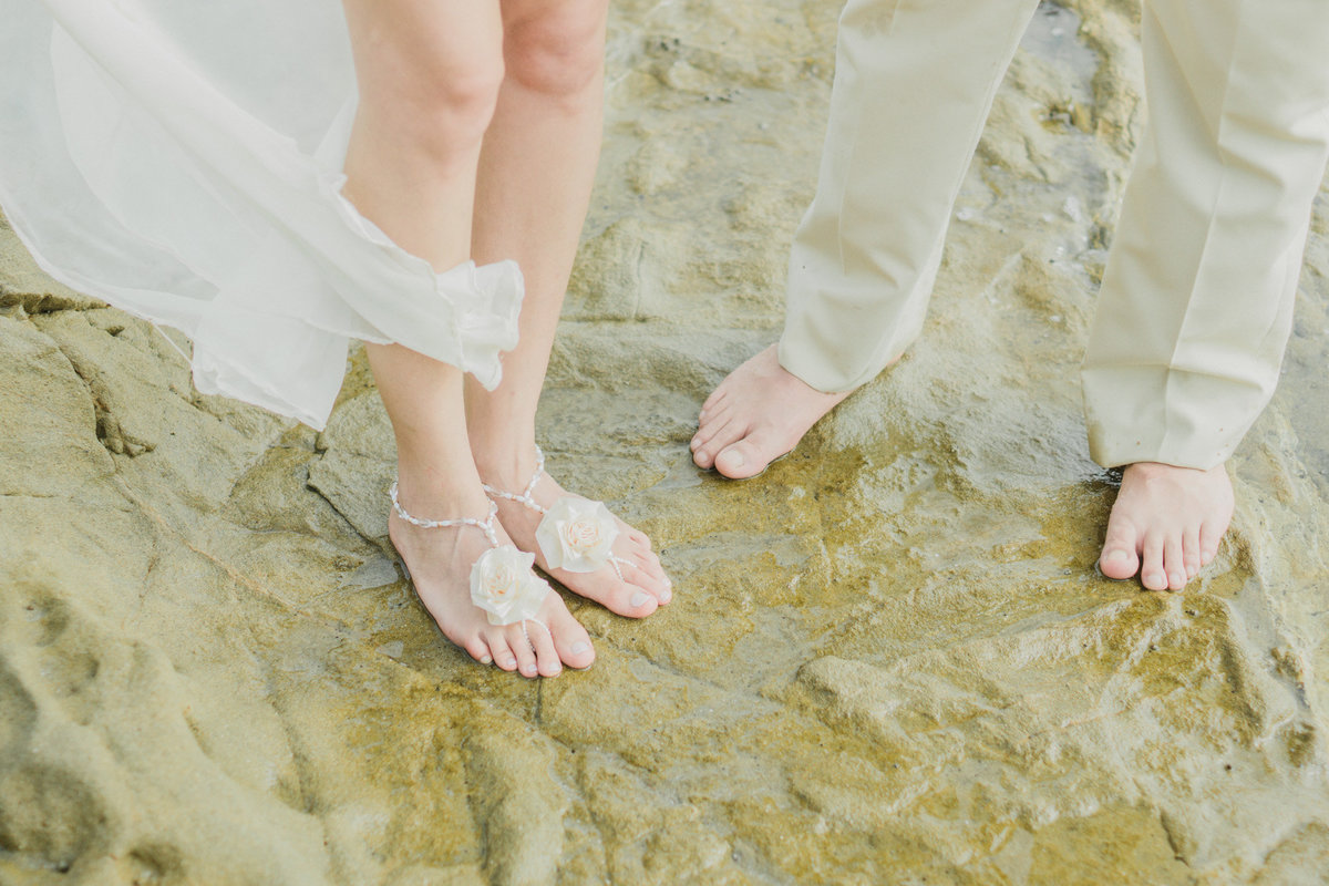 Romantic-wedding-at-the-beach