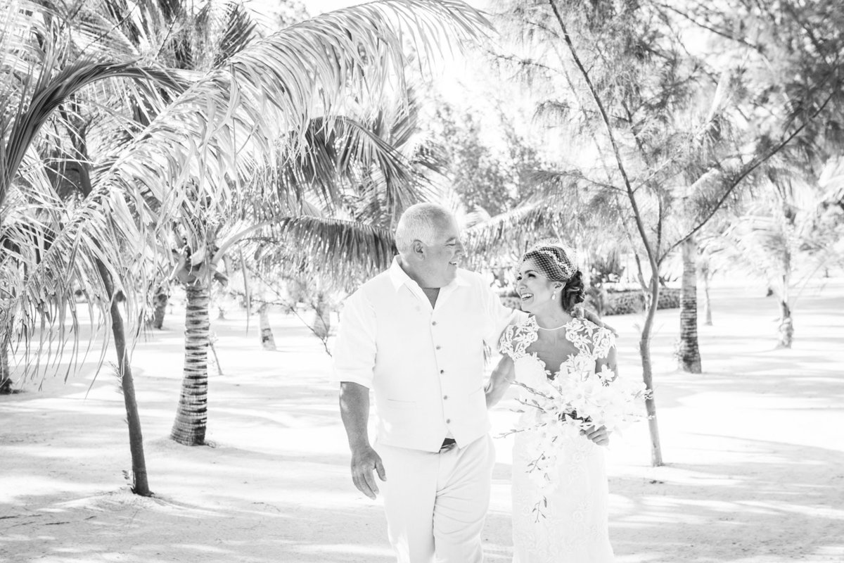 Belize_Destination_Wedding_Photographer_Coco_Plum_Island3
