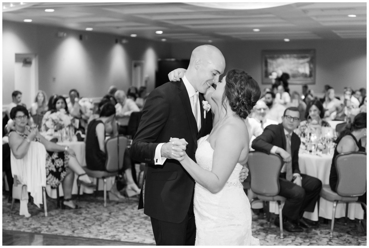 columbus ohio wedding photos brookside golf and country club outdoor wedding_0099