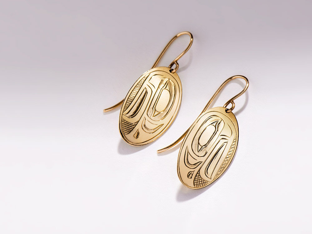 gold earrings native art carved jewellery