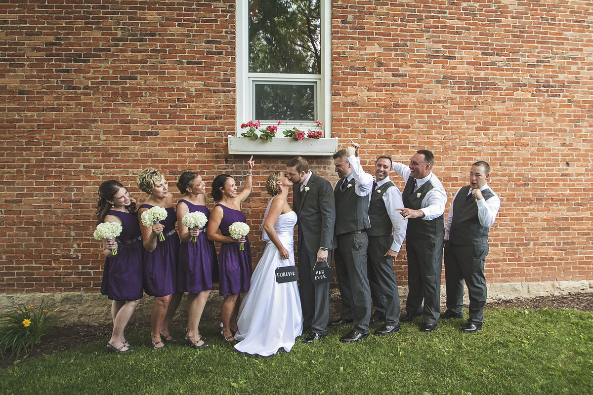Elegant wedding at Sepia Wedding Chapel by Casi Lea Photography-green bay wedding photographer-door county wedding photographer-milwaukee wedding photographer-appleton wedding photographer-wisconsin weddings
