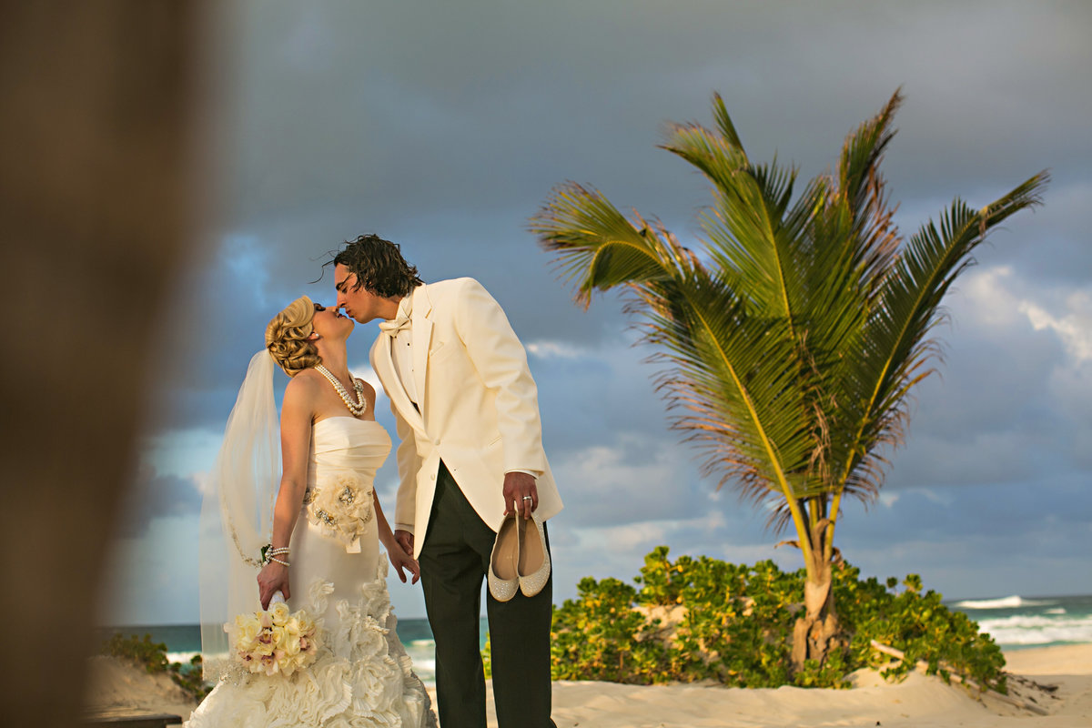 punta_cana_caribbean_wedding_photographer_077