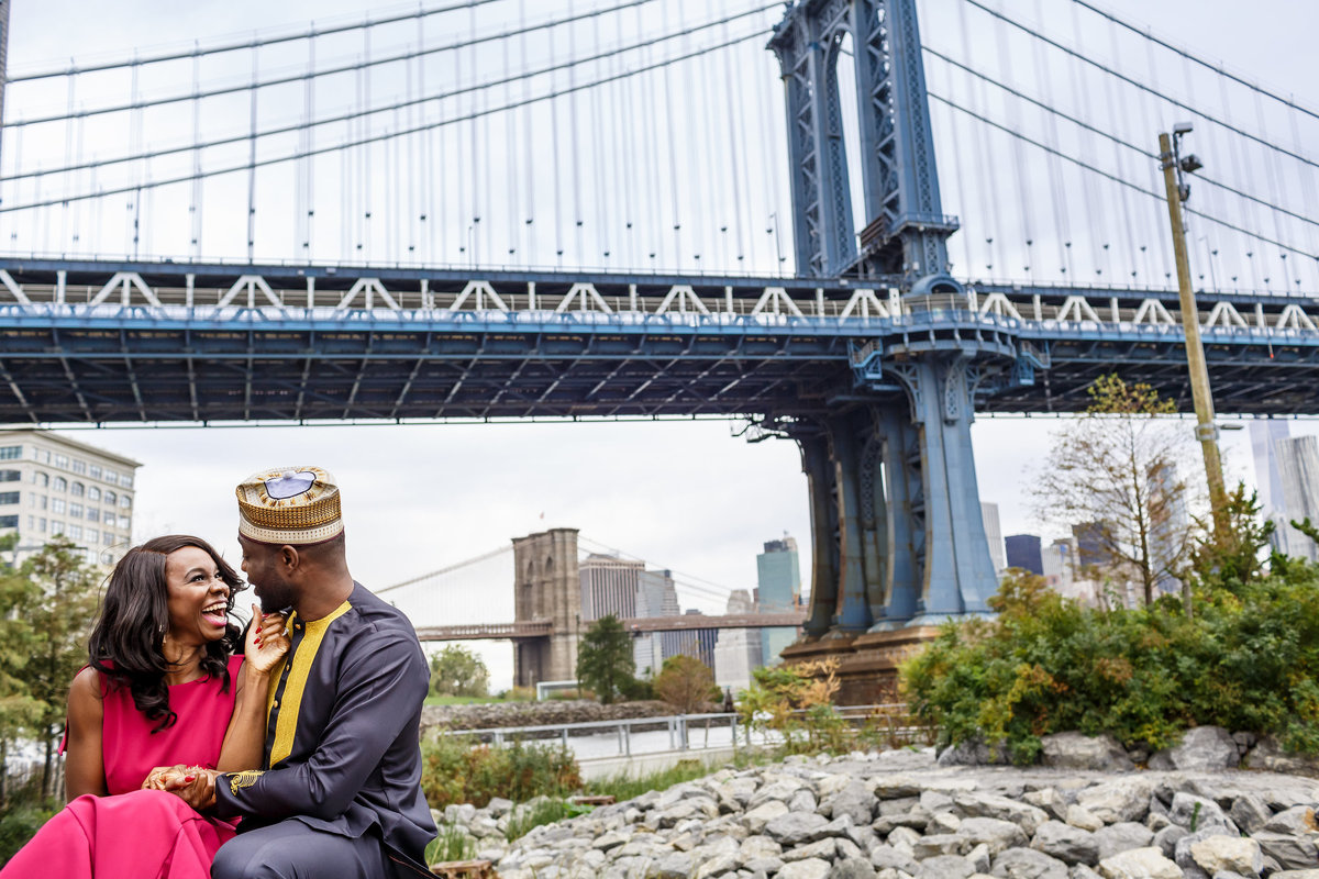 Brooklyn_Bridge_New_York_Engagement_Session_Amy_Anaiz_023