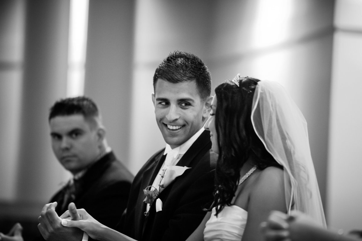 brooklyn-wedding-photographer-rob-allen-photography-st-anthony-church-west-warwic-ri