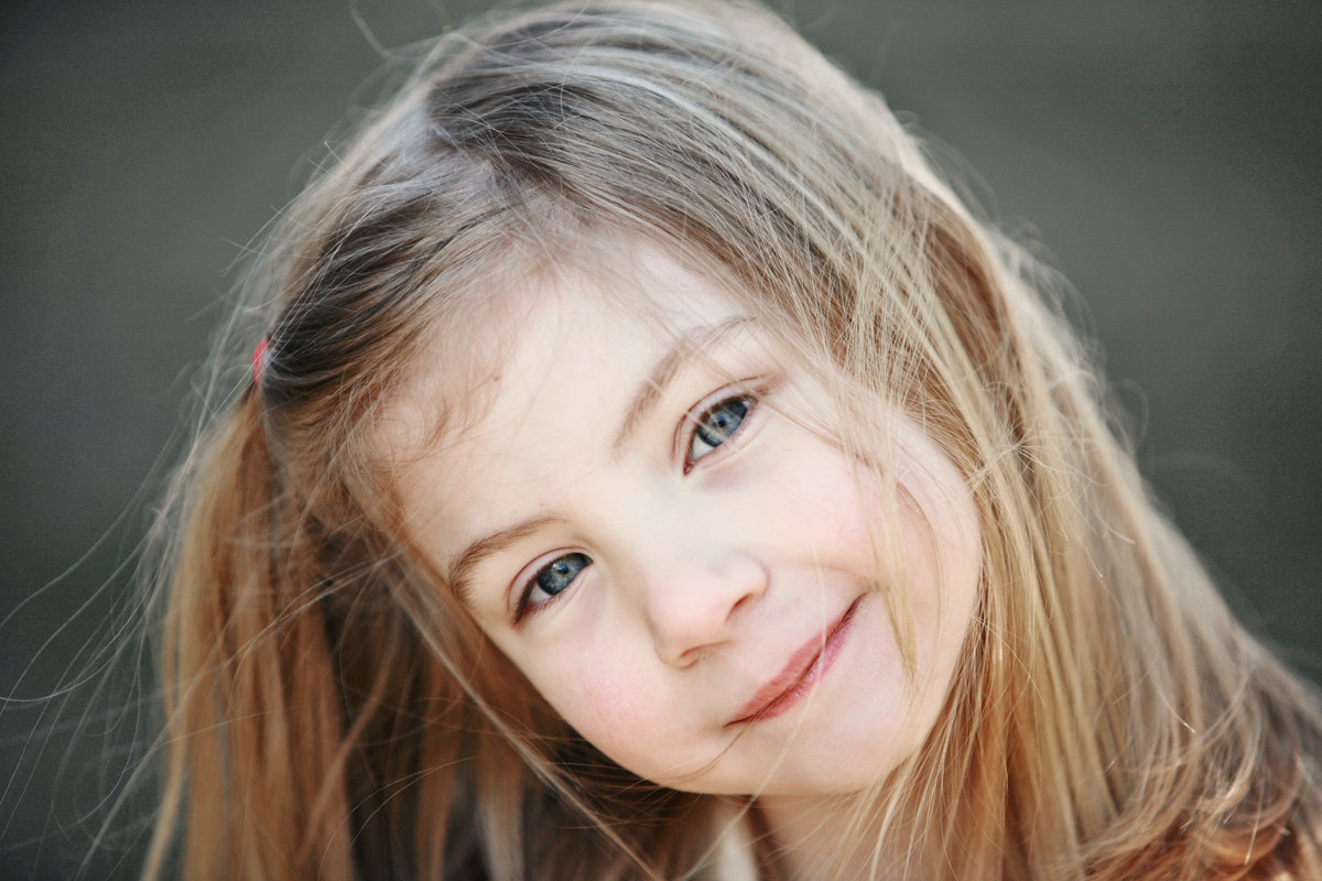 close up casual child portrait photography - professional photographer in the Hudson Valley NY
