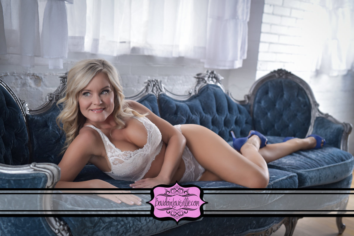 Boudoir Louisville - Boudoir Photo Studio-7