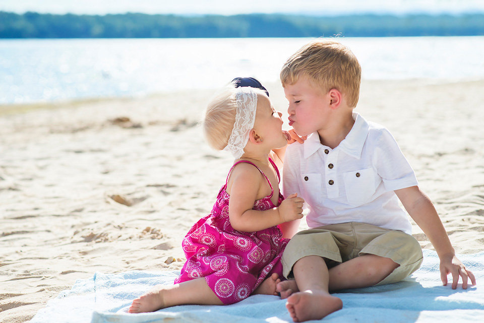 Morganton_point_beach_family_portraits_dirnberg