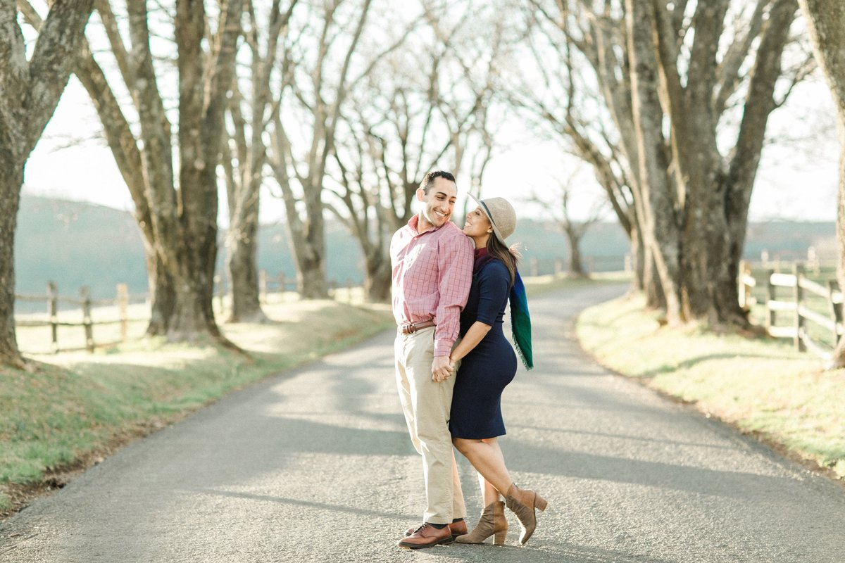 ash-lawn-highland-charlottesville-virginia-engagement-photographer-paula-and-hamza-171 copy