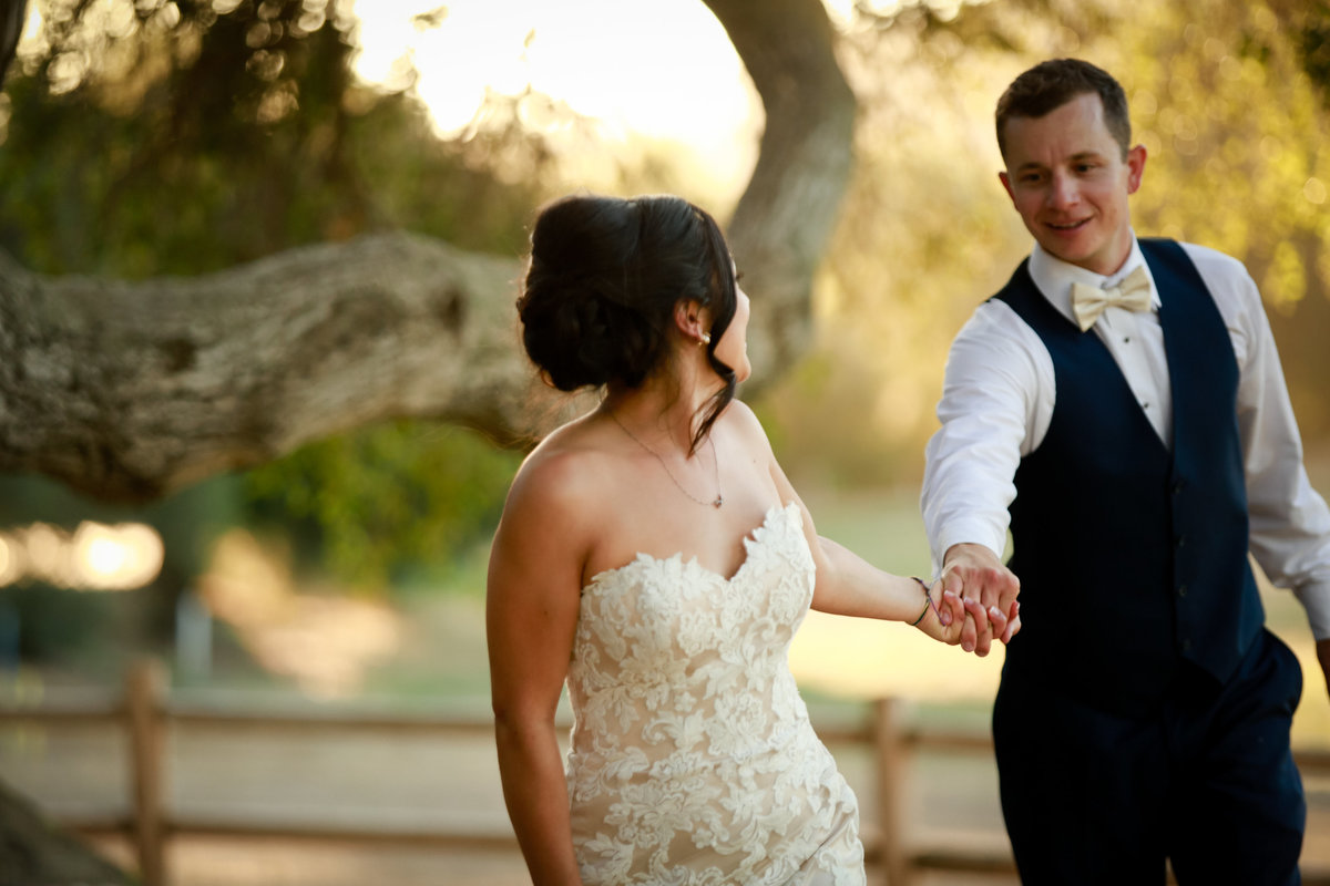 wedding_photography_bride_groom_bates_nut_farm_escondido_ca_by_tommy_of_cassia_karin_photography-115