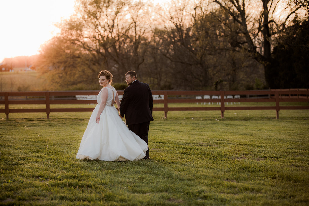 Backyard Wedding - Springfield TN - SPringfield TN Weddings - Outdoor Wedding - Nashville Wedding - Nashville Brides - Nashville Bride028