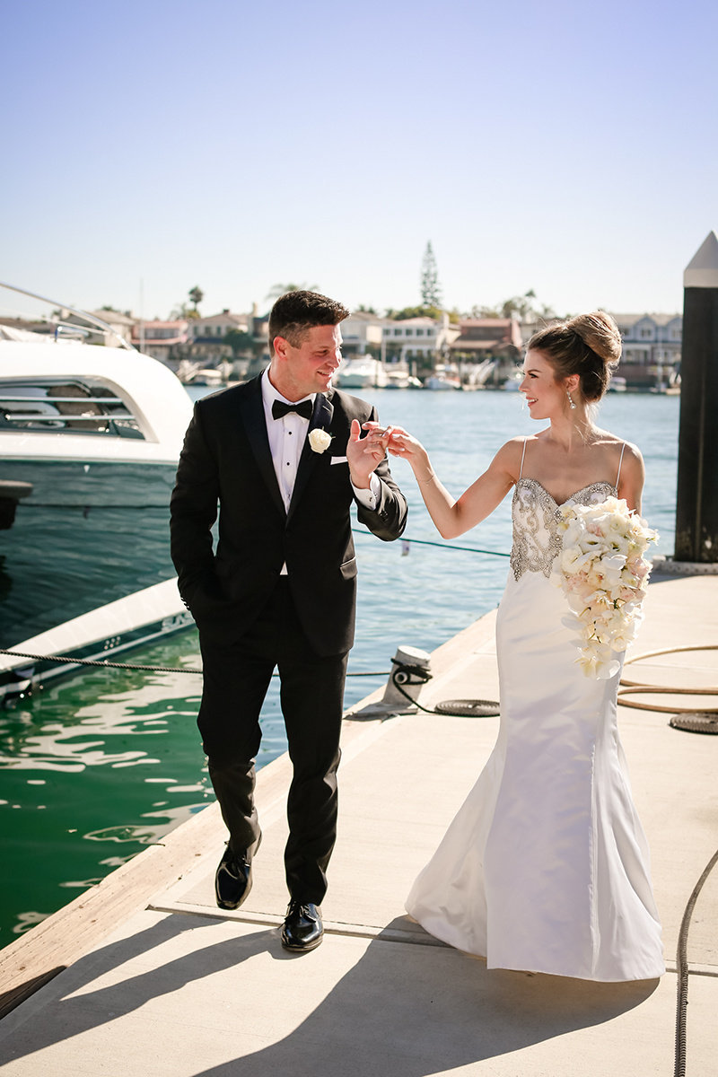 johnnie_michelle_wedding_photography_balboa_bay_resort_wedding_by_tommy_ferrara_lux_aeterna_photography-116