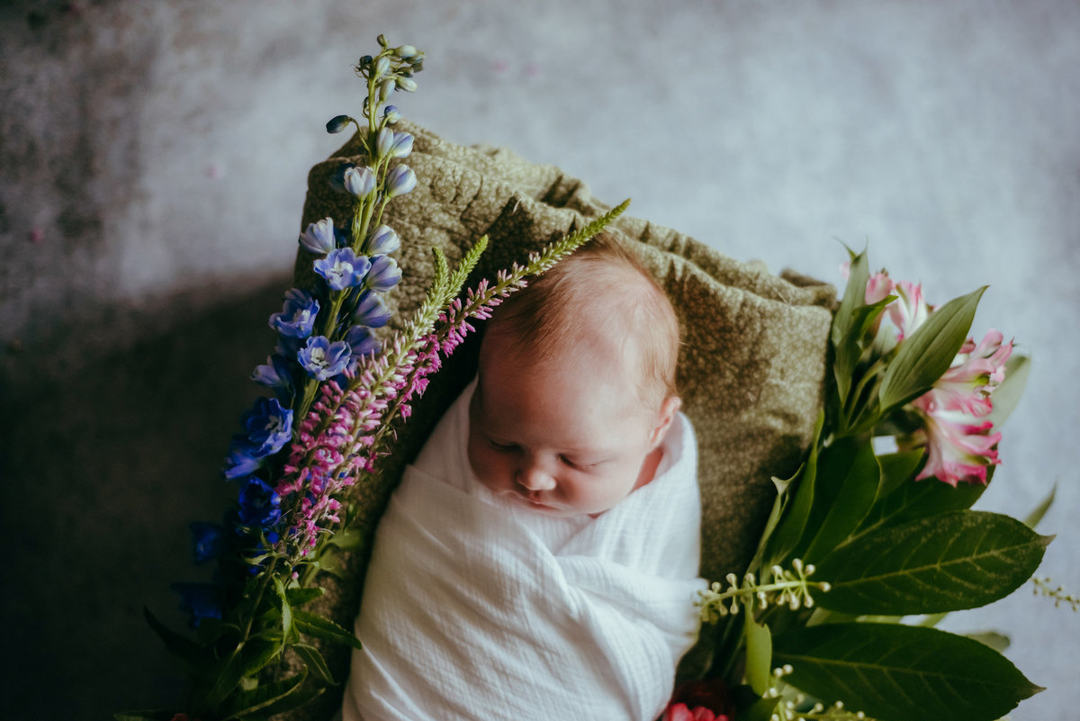 rootedandwildphotography_bremerton_newborn_photo_with_fresh_flowers