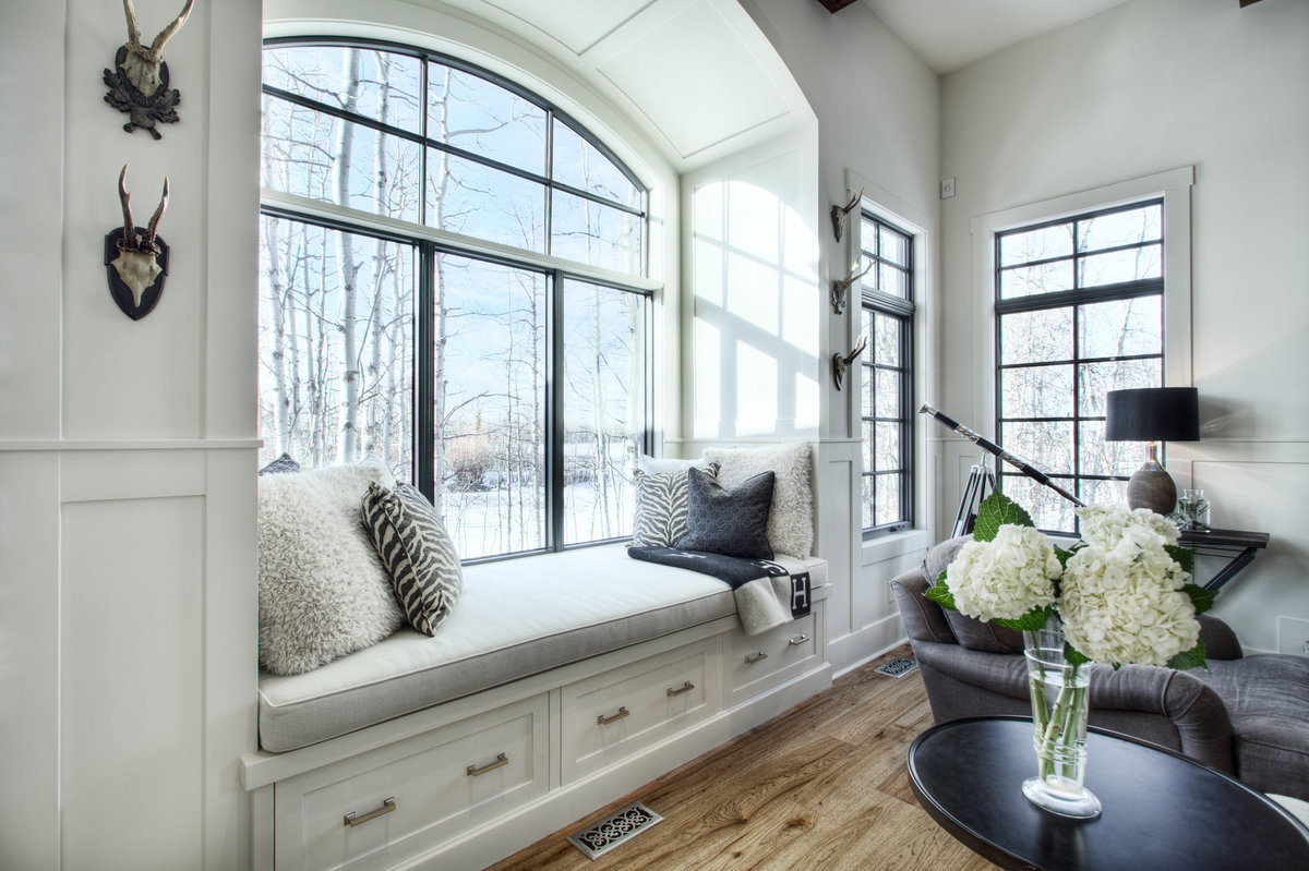 bearspaw-custom-home-window-seat