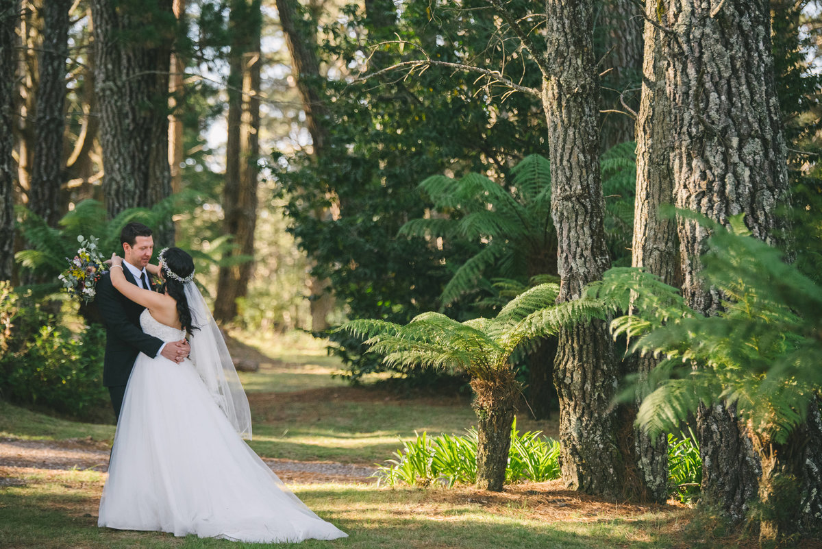 Rachael-andrew-allview-escape-blackheath-wedding-52