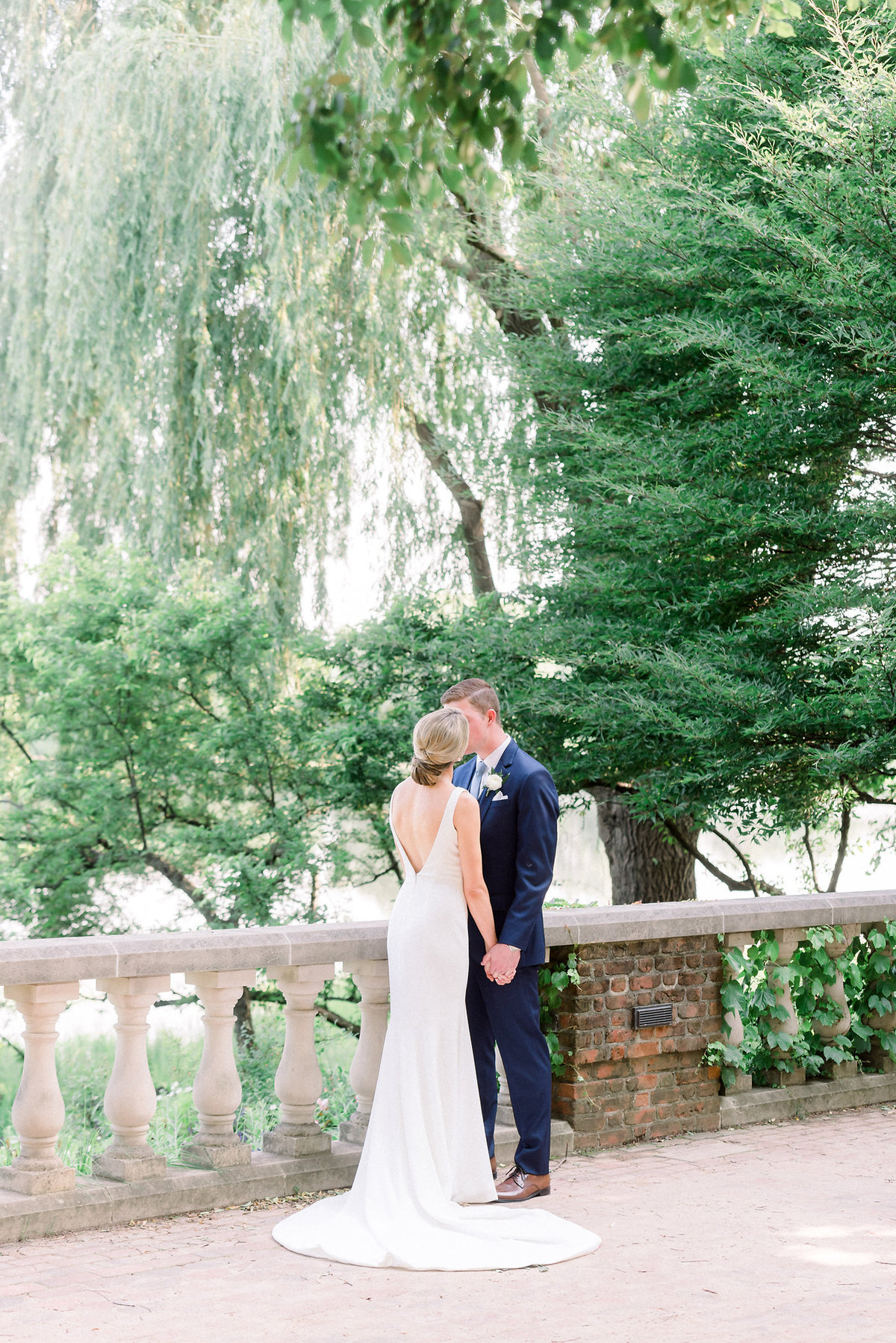 TiffaneyChildsPhotography-ChicagoWeddingPhotographer-Micheala+Tommy-ChicagoBotanicGardenWedding-BridalPortraits-70