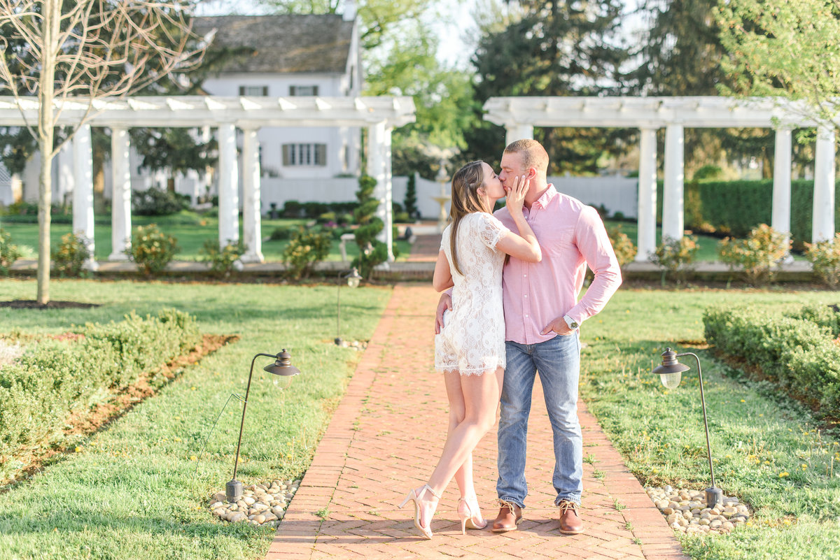 Olivia & Cody_ White Chimney's Engagement session_ Olivia Rae Photography-51
