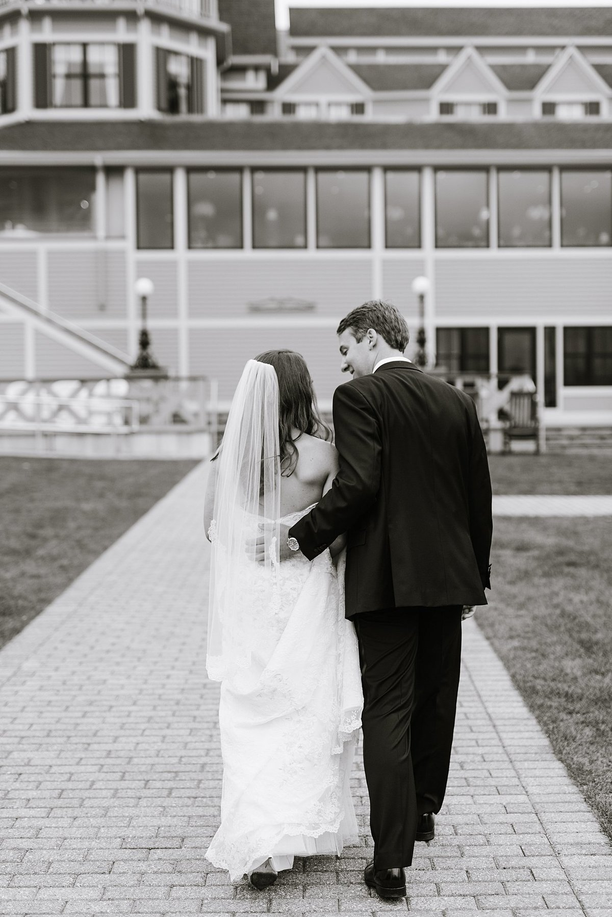 eastern-yacht-club-boston-wedding-photographer-photo_0010